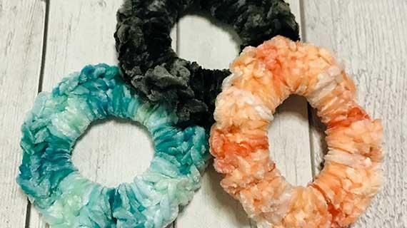 How to Crochet Velvet Hair Scrunchies – New Video Tutorial